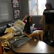 新面孔艺术高中学生高明遥触电微电影《失眠城市》