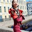 """国际超模张丽娜出镜《时尚芭莎》七月下刊时装大片""""在圣彼得堡"""""""