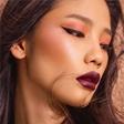 王艺喜题蕾哈娜彩妆品牌Fenty Beauty新品广告