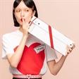 模特陈园园出镜Prada2019七夕情人节广告