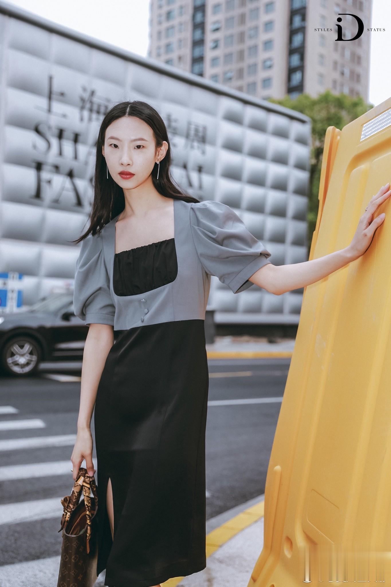 常文静受邀参加上海时装周dior活动