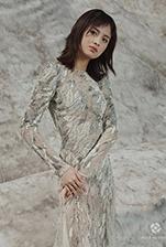 模特郭艳、彭思雨、黄曼夕亮相2019西安国际时装周